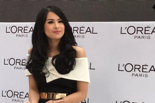 Maudy Ayunda dalam acara konferensi pers L'Oreal Paris Indonesia, Kamis (31/3/2016) - Bisnis.com/Andhina Wulandari