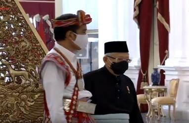 Ma'ruf Amin Berbusana Melayu Corak Gelap di HUT Ke-75 Kemerdekaan RI