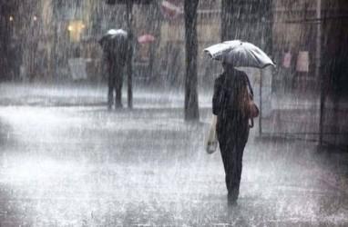 Cuaca Jakarta 18 Agustus, Hujan pada Siang Hari