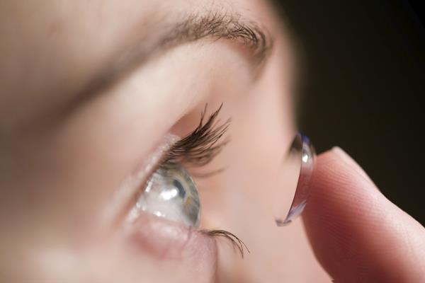 lensa kontak - mamahealths.com