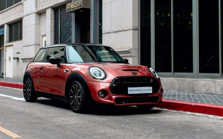 MINI Rosewood Edition.  - MINI