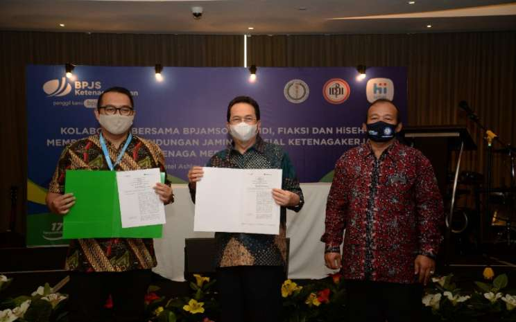 Badan Penyelenggara Jaminan Sosial (BPJS) Ketenagakerjaan, IDI, FIAKSI dan HiSehat berkolaborasi memberikan perlindungan jaminan sosial ketenagakerjaan tenaga medis Indonesia.