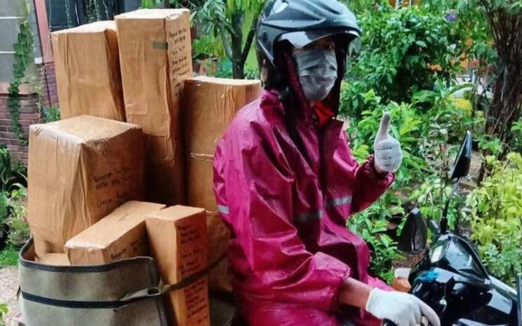 Pembelian tanamana herbal dan buah selama pandemi Covid-19 meningkat melalui Kebun Binar Bumi. Paket tanaman dari Kebun Binar Bumi siap diantarkan ke Tiki. - istimewa
