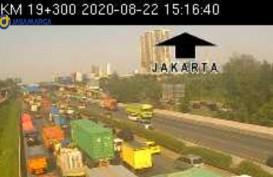 Tol Tangerang Kilometer 21-19 Arah Jakarta Padat, Ada Kecelakaan