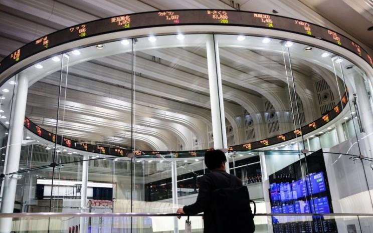 Tokyo Stock Exchange. - Bloomberg