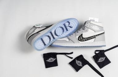 Air Jordan 1 dan Dior, Kolaborasi Sneakers dan Fashion, Harganya Ratusan Juta