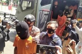 Polisi Kantongi Identitas Pelaku Pelempar Bom Molotov…