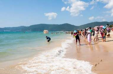 Pantai di China Mulai Dipadati Turis Domestik