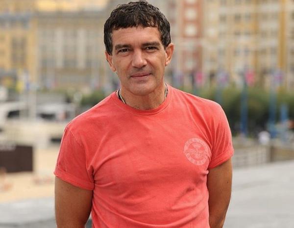 Antonio Banderas dinyatakan sembuh dari Covid-19. - Instagram