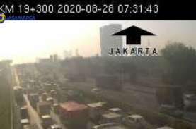 Ada Kecelakan di KM 15, Tol Tangerang-Jakarta Macet…