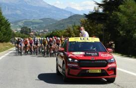 Sehari Diluncurkan, Skoda Enyaq iV Tampil di Tour de France
