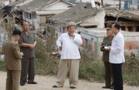 Kim Jong-un Inspeksi Wilayah Terdampak Topan Maysek