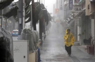 Topan Haishen Tiba di Jepang, Pabrik dan Kereta Api Ambil Langkah Antisipasi