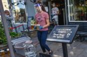 Kasus Corona Naik Tajam, Inggris Larang Pertemuan Lebih dari 6 Orang