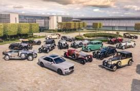 Komunitas Rolls-Royce Jadul Kumpul Rayakan Kehadiran Ghost Baru