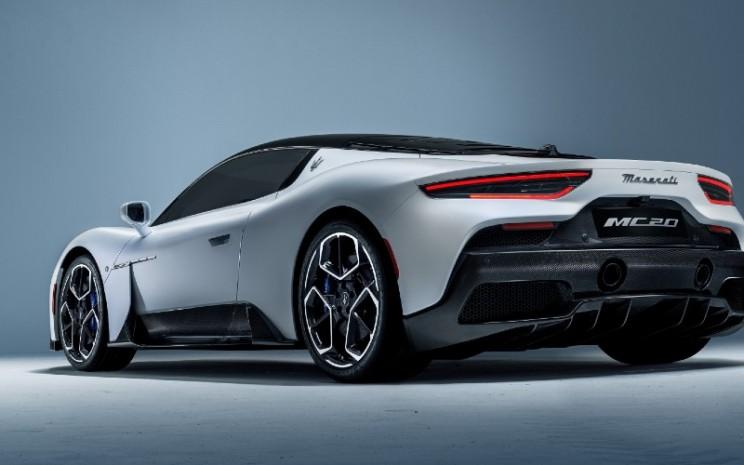 Desain MC20 diproduksi dalam waktu 24 bulan, dengan keterlibatan sejak awal, dalam pendekatan inovatif, dari tim insinyur Lab Inovasi Maserati, spesialis teknis dari Maserati Engine Lab dan desainer dari Maserati Style Center.  - Maserati