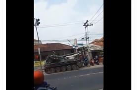 Viral Tank Tabrak Gerobak, Pengunggah Video Bakal…