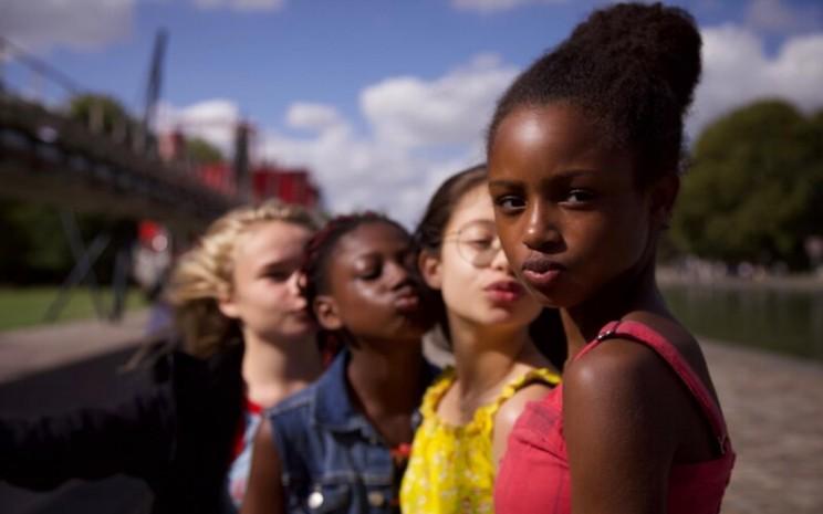 Para pemeran film Cuties besutan sutradara Mamouna Doucour -  Netflix