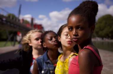 Ini Sinopsis Film Netflix Cuties yang Menuai Kontroversi
