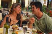 Apakah Cinta Pada Pandangan Pertama adalah Cinta Sejati?