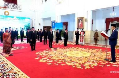 Jokowi Lantik Mantan Mendag Hingga Eks Direktur Metro TV Jadi Dubes