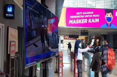 Beginilah Situasi Stasiun Kereta Komuter Hari Pertama PSBB Jakarta