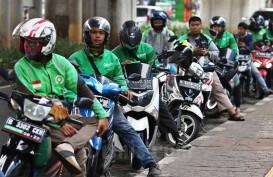 Driver Ojol dan Opang Nekat Berkerumun, Terancam Tak Dapat Order