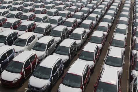 Ilustrasi mobil yang siap dijual - Bisnis.com