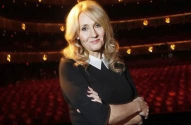 Tagar RIP JK Rowling Trending di Twitter Usai Novel tentang Transgender Dirilis