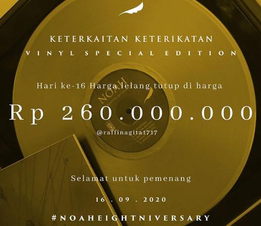 Raffi Ahmad dan Nagita Slavina memenangkan lelang vinyl emas Noah senilai Rp260 Juta. - @arielnoah