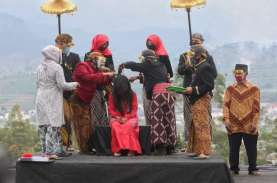 Dieng Culture Festival Tetap Menggelar Tradisi Potong…