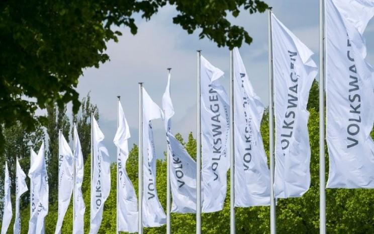Volkswagen. Semua listrik yang dialihdayakan dikirim ke pabrik Zwickau, pabrik mobil listrik terbesar dan paling efisien di Eropa dan lokasi produksi untuk kedua model ID tersebut itu 100% tenaga hijau.  - Volkswagen