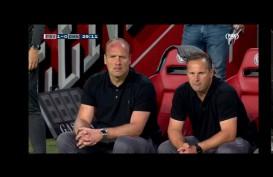Hasil Lengkap Liga Belanda : Gol Menit Akhir, PSV Tundukkan Emen