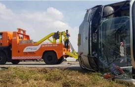 Bus Sudiro Tunggal Jaya Kecelakaan di Cipali, Satu 0rang Tewas