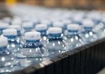 Ilustrasi air minum dalam kemasan./Bloomberg