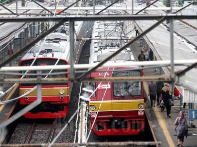 Jakarta Kembali Terapkan PSBB, KRL Hanya Beroperasi Dari Jam 04.00 WIB Hingga Pukul 20.00 WIB