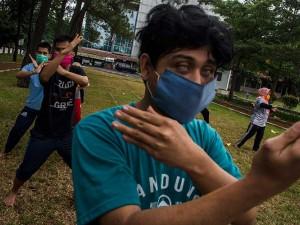 Penyandang Disabilitas Netra Mengikuti Pelatihan Pencak Silat di Bandung