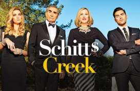 Schitts's Creek Cetak Rekor Bawa Pulang 9 Piala Emmy