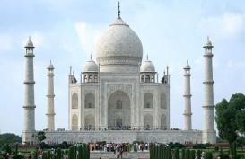 Kasus Corona Terus Melonjak, India Buka Kembali Taj Mahal