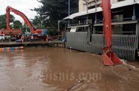 Antisipasi Banjir, Pemprov DKI Jakarta Kerahkan 54…