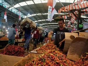Indonesia Dipastikan Alami Resesi Ekonomi, Sejumlah Pasar Tradisional Mulai Sepi Pembeli