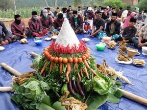 Warga Lereng Gunung Andhong Gelar Tradisi Merti Dusun Mantra di Tengah Pandemi Covid-19