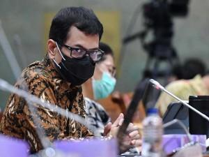 Menparekraf Whisnutama Raker Dengan Komisi X DPR Bahas Anggaran 2021