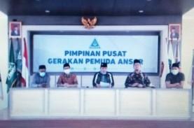 Berdamai dengan Ansor, Ustaz Alfian Tanjung Serahkan…