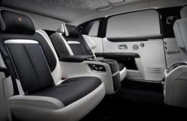 Rolls-Royce Perkenalkan Ghost Extended Baru, Lapang dan Canggih