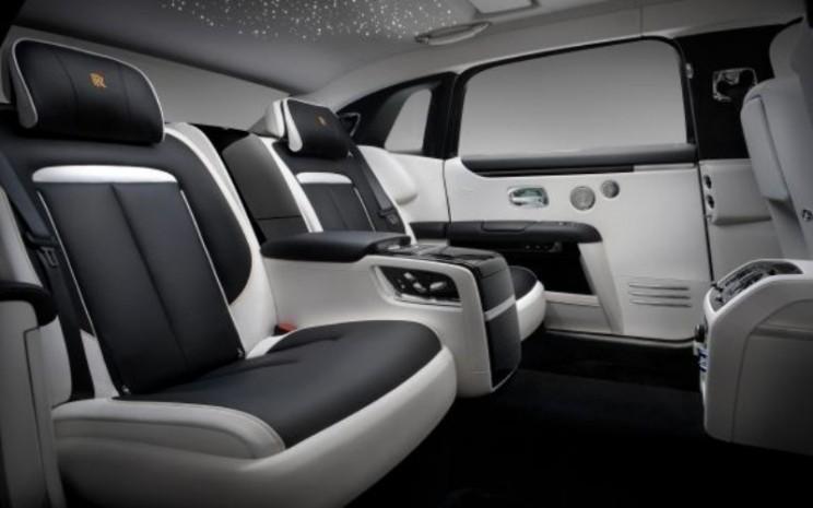 Rolls Royce Ghost Extended.  - Rolls Royce