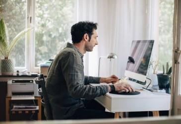ILO: Covid-19 Ciutkan Pendapatan Pekerja di Seluruh Dunia