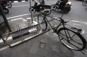 Kemenhub Ingin Fasilitas Parkir Sepeda Menjamur