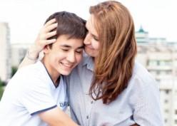 Orang Tua, Ini Caranya Komunikasi dengan Anak Remajamu