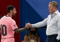 Pelatih FC Barcelona Ronald Koeman (kanan) bersama kapten tim Lionel Messi / BBC